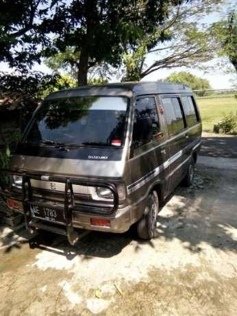 Suzuki Carry Van Tahun 1990 Madiun Kota 963970