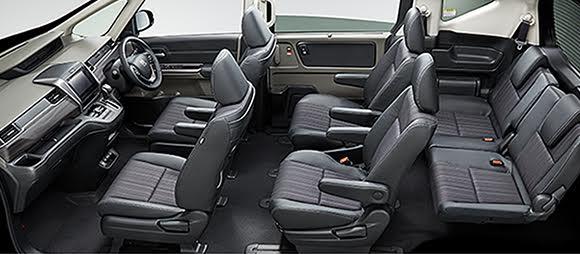 Gambar interior mobil Honda Freed 2017 tanpa roof jadi bisa lihat kursi-kursi di dalamnya
