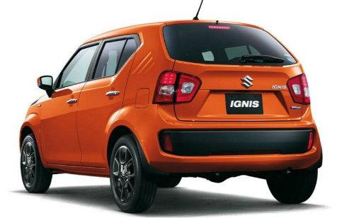 tampilan bagian belakang mobil Suzuki Ignis 2017 berwarna orange