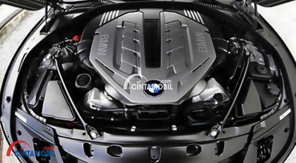gambar bagian mesin mobil BMW X3 2017