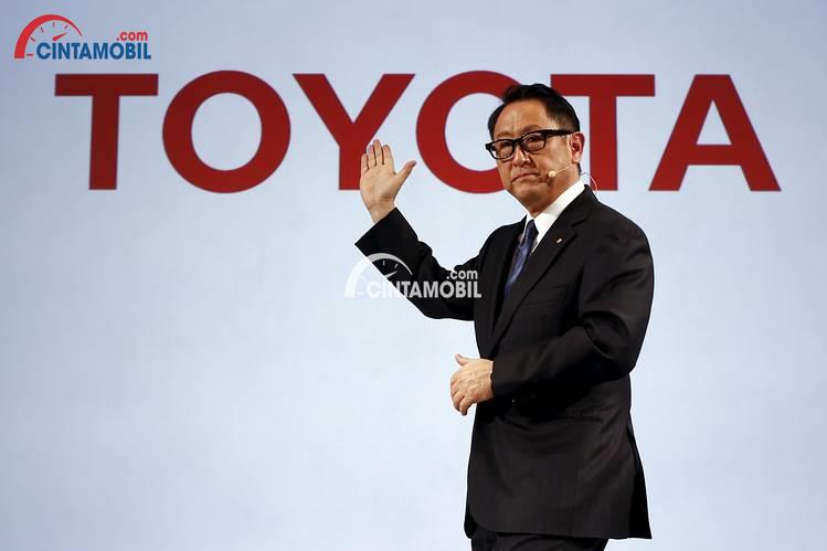 Salahkah Toyota Mengembangkan Mobil Bertenaga Hidrogen?