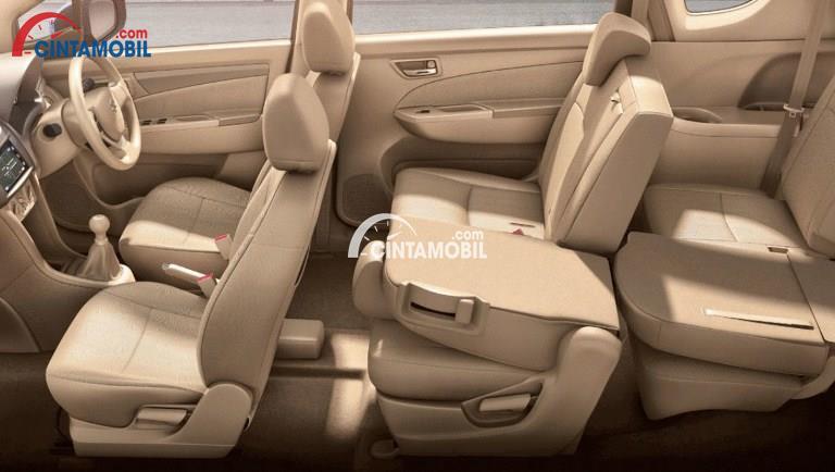 Gambar bagian kursi mobil Suzuki Ertiga 2017 berwarna coklat muda