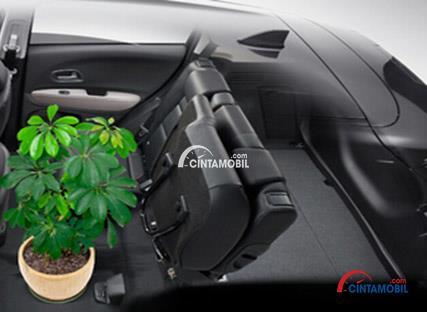 Gamabr bagian kursi mobil Honda Jazz 2010 dan kini Jazz sudah memakai Ultra Seat