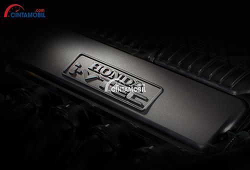 Gambar bagian mesin mobil Honda City 2018 berwarna hitam