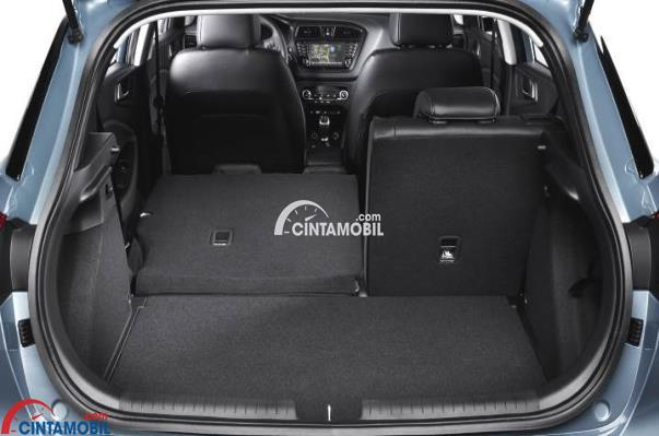 Gambar Bagian bagasi Hyundai i20