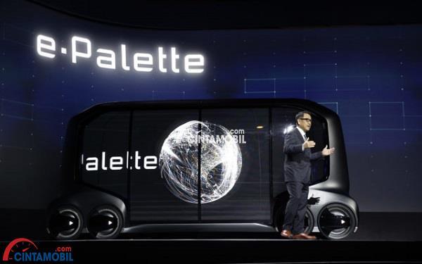 Presentasi Akio Toyoda ketika memperkenalkan konsep mobil terbaru Toyota, e-Palette pada gelaran CES 2018