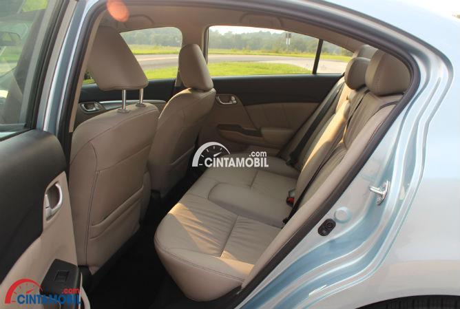 gambar kursi Honda Civic 2014