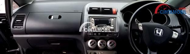 Fitur Tilt Steering di mobil Honda City 2007
