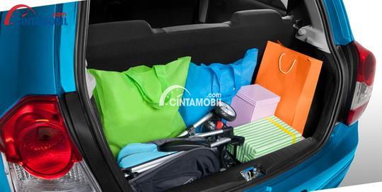 gambar bagasi Toyota Etios 2016