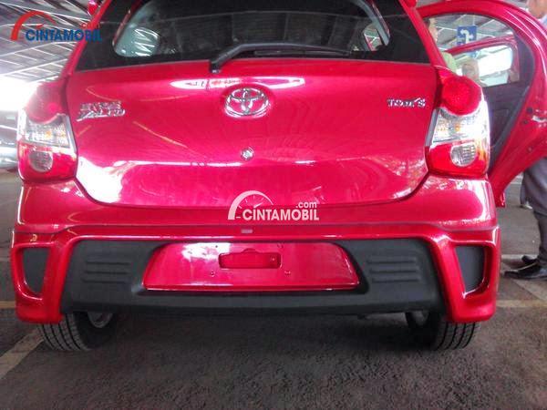 gambar bagian belakang Toyota Etios 2016