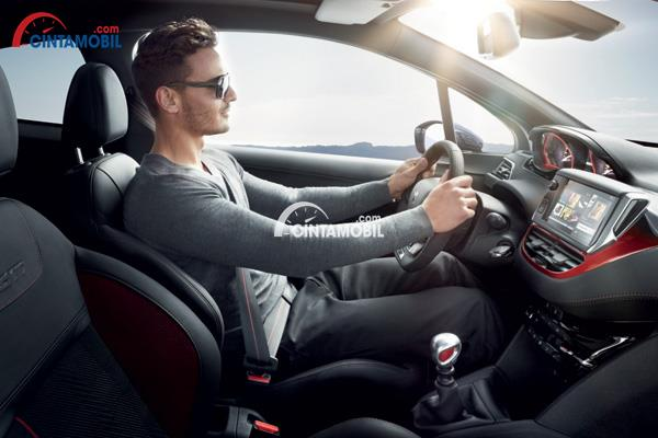 Tips Memilih Jok Mobil yang Pas untuk Berkendara