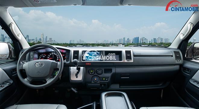 gambar dashboard dan setir Toyota Hiace 2017