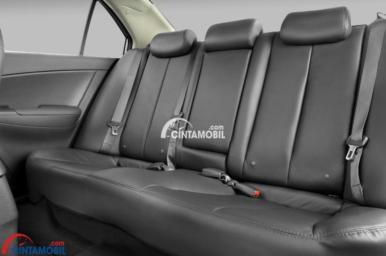 Gambar bagian kursi mobil Hyundai Sonata 2010 berwarna abu-abu