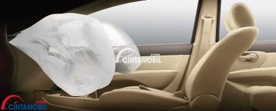 Dual SRS Airbag di mobil Nissan Grand Livina 2017
