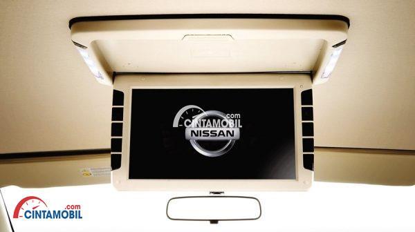 Roof Monitor Kabin di mobil Nissan Grand Livina 2017