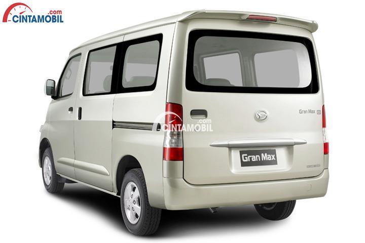 Sisi belakang Daihatsu Gran Max menggunakan Rear Combination Lamps sehingga potensi kecelakaan dapat diminimalisir