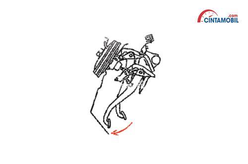 Fitur Daihatsu Sirion lebih diprioritaskan kepada keselamatan penumpang seperti hadirnya fitur Collapsible Steering Column dan Brake Pedal Assist