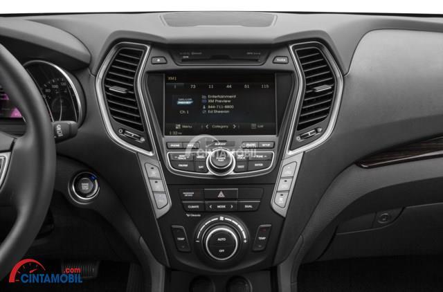 Gambar bagian dashboard mobil Hyundai Santa Fe 2016 Indonesia