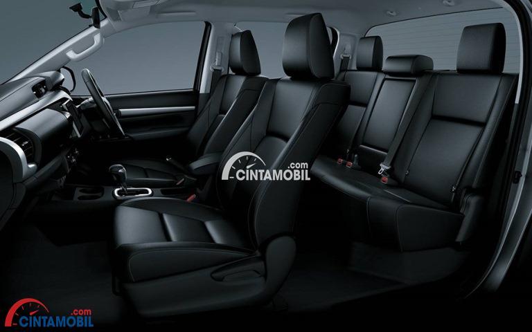 Gambar bagian kursi mobil Toyota Hilux 2017 dengan kursi berwarna hitam