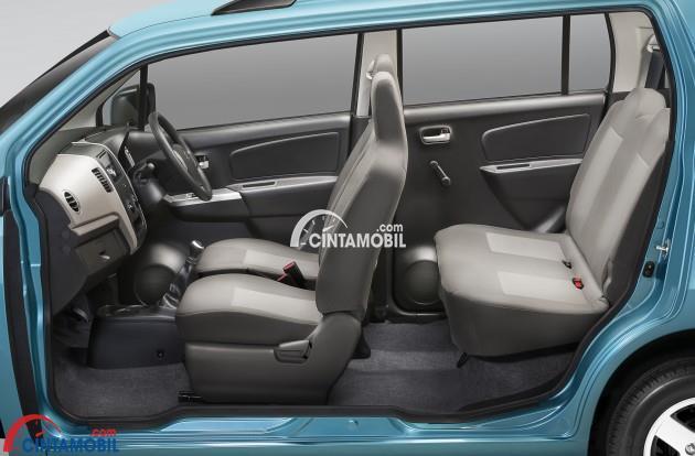 Kursi Suzuki Estilo dibekali dengan kapasitas penumpang yang mampu menampung 5 orang sekaligus