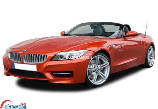 Gambar mobil BMW Z4 2017 berwarna orange dilihat dari sisi depan