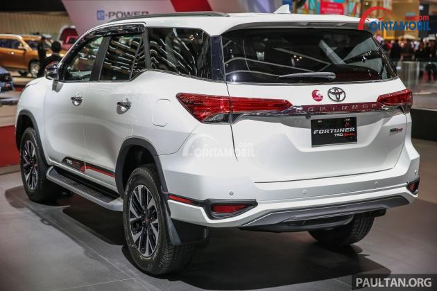 Review Toyota Fortuner 2017 Indonesia