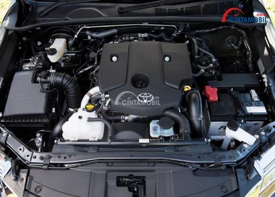 Gambar bagian mesin mobil Toyota Fortuner 2017