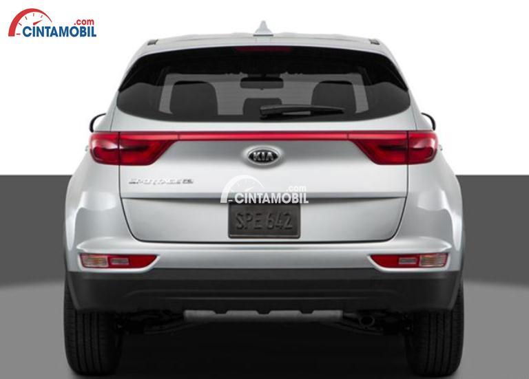 Gambar mobil Kia Sportage 2016 berwarna putih dilihat dari sisi belakang