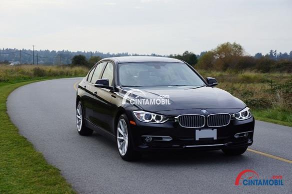 Kelebihan dan kekurangan BMW 320i 2010