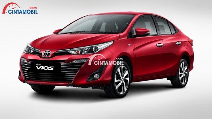 Gambar Bagian Samping mobil Toyota Vios 2018 berwarna merah