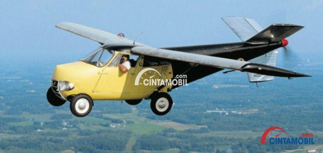 Gambar yang menunjukan mobil terbang Taylor Aerocar