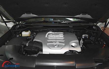 Gambar bagian mesin Berkapasitas 5700 cc di mobil Lexus LX 570 2016