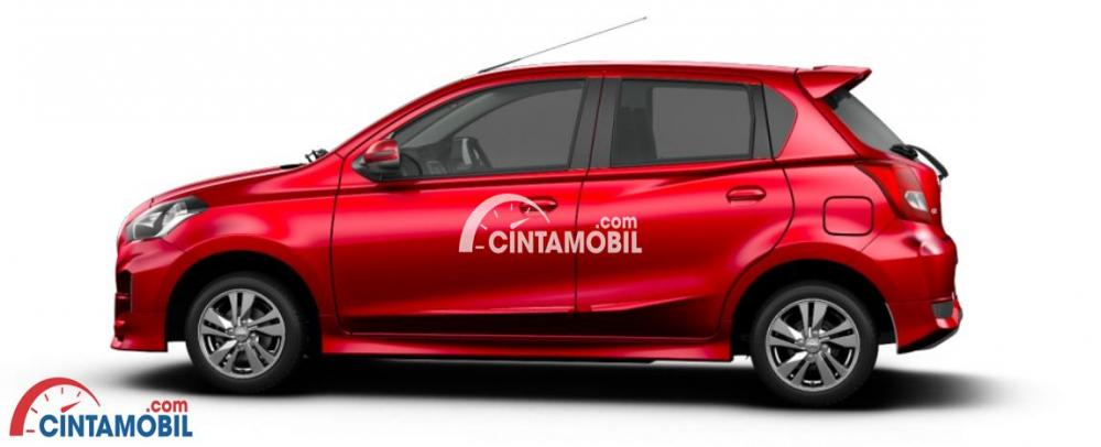 Garis Sporty Datsun Go 2018 berwarna merah