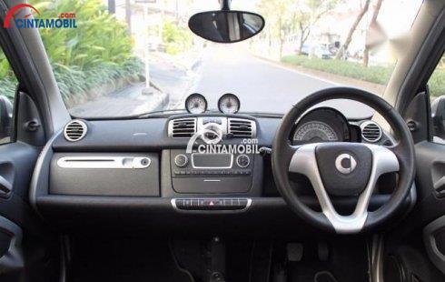 gambar dashboard dan setir mobil smart fortwo 2010