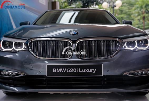 Moncong Yang Panjang Dari BMW 520i Luxury Line 2018
