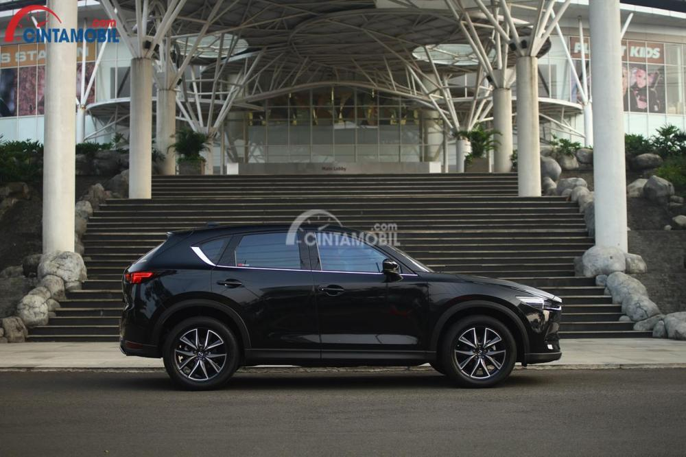 Sisi Samping All New Mazda CX-5 Elite 2017 menarik perhatian