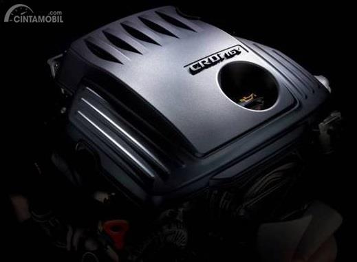 Mesin Hyundai Starex Mover CRDi 2018 menggunakan kapasitas 2.497 cc yang mampu meraih daya puncak 136 PS dan torsi maksimum di kisaran 1.500 hingga 2.500 Rpm