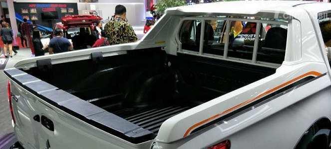 Kapasitas Box Mitsubishi Triton Athlete 2018 mampu menampung barang bawaan berjumlah banyak