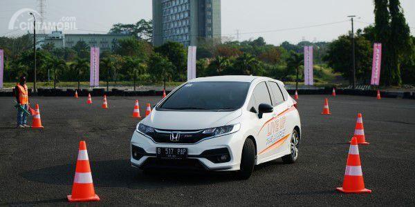 "Keseruan Berbagi Tips Mengemudi Honda di ""Honda Safety Driving Clinic"""