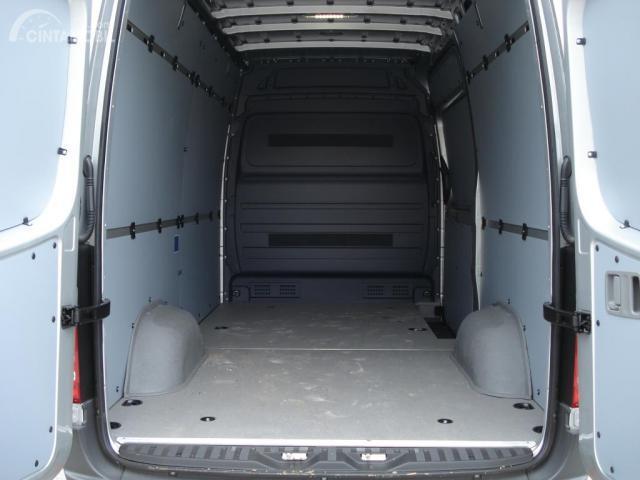 Bagian Bagasi dan Kabin  Mercedes Benz Sprinter 315 CDI A2