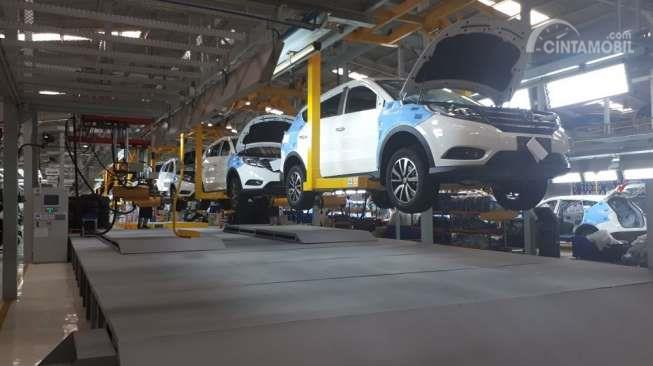 Gambar yang menunjukan bagian dari pabrik DFSK di Indonesia