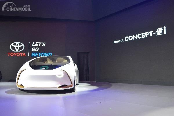 Toyota Tampilkan Kendaraan Elektrikfikasi Di Ajang GIIAS 2018