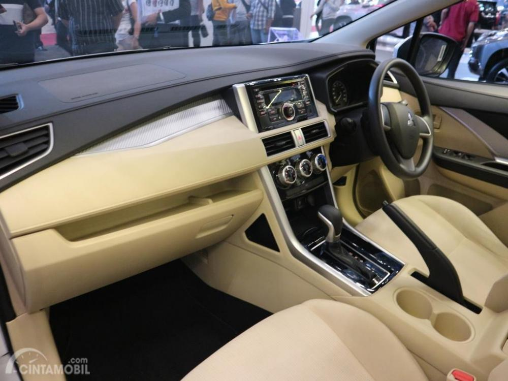 Mitsubishi Xpander GLS AT 2018 GIIAS 2018 Dashboard