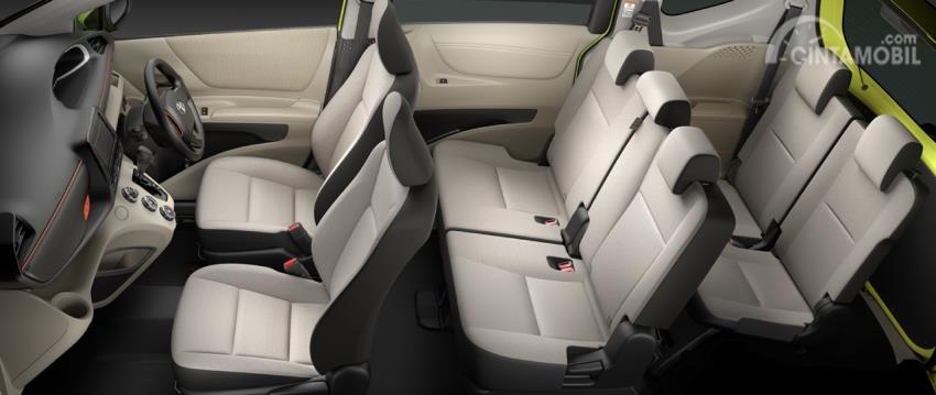 Gambar Interior Toyota Sienta 7 penumpang