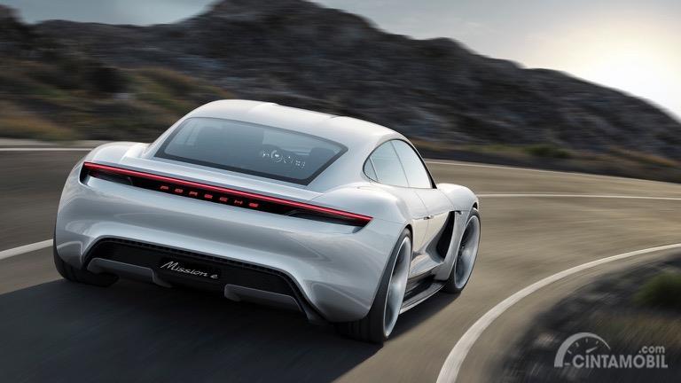 Preview Porsche Taycan 2019 Mobil Listrik Dengan Paduan Tenaga