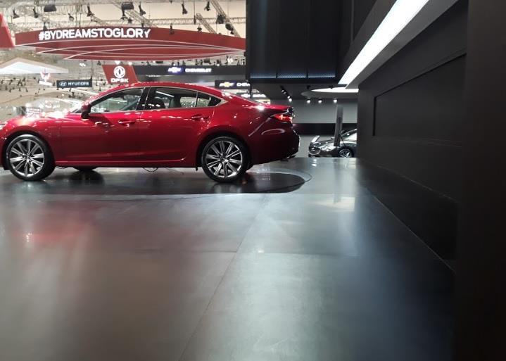 Bagian Samping Mazda6 Sedan 2018 Dengan List Kaca Krom