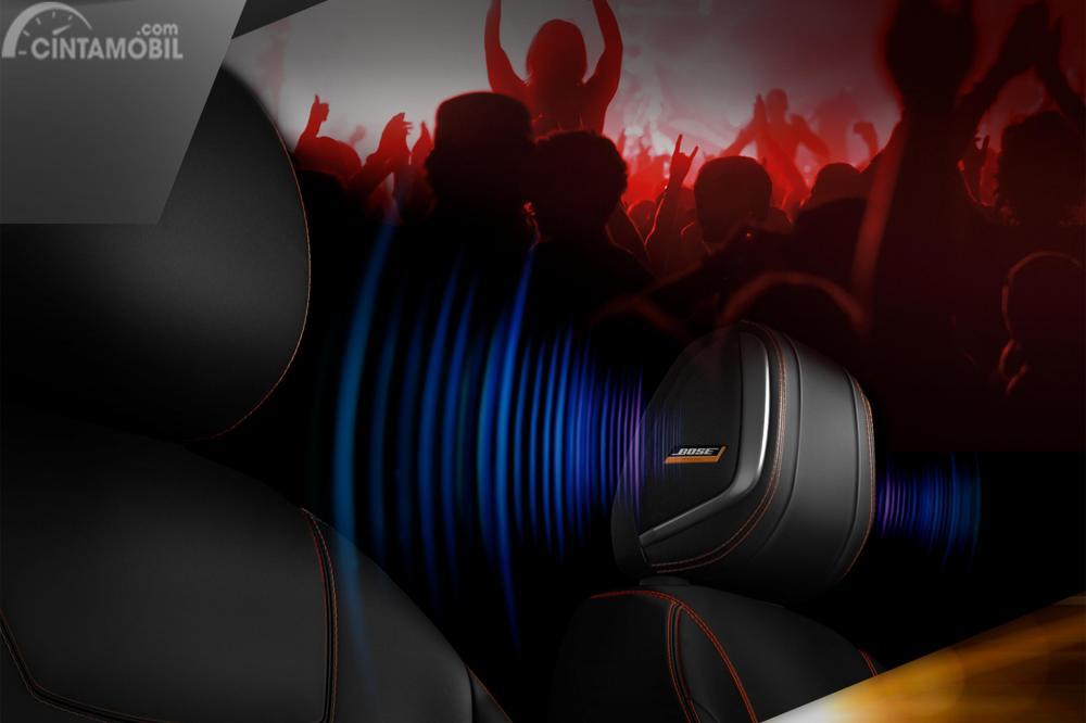 Fitur Hiburan Nissan Kicks 2018 menggunakan BOSE Premium Audio Plus yang juga disematkan pada bantalan kursi di kepala pengendara