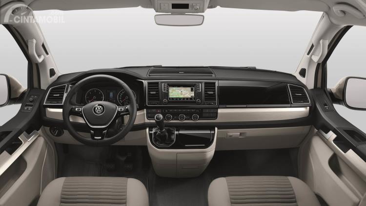 Setir Volkswagen Grand California 2019 menggunakan desain tiga palang