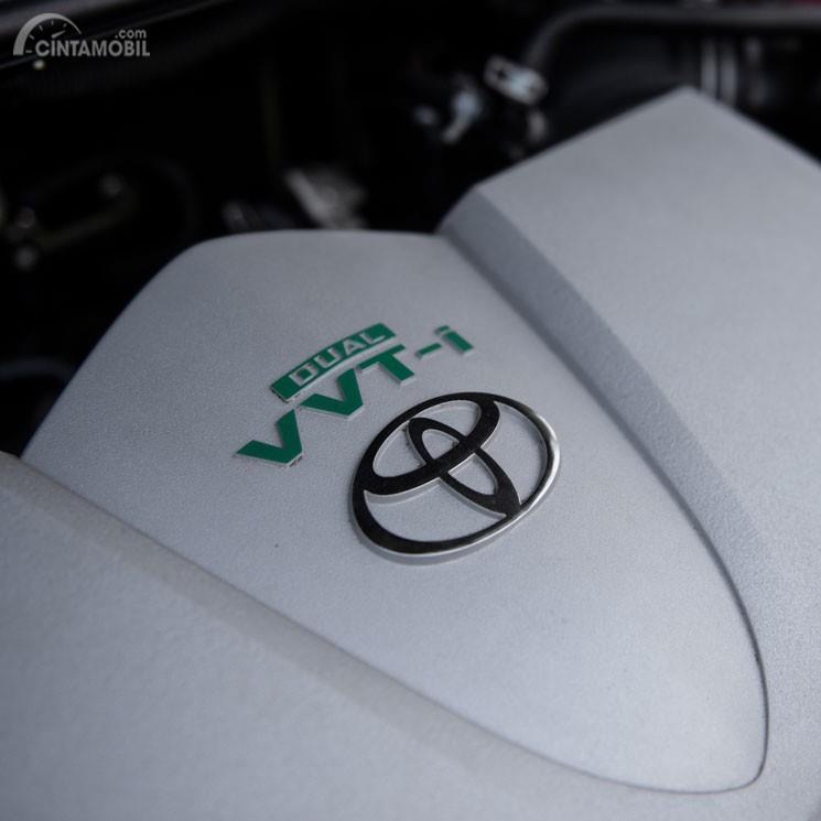 Gambar menunjukkan desain bagian mesin Toyota Yaris TRD Sportivo 2018