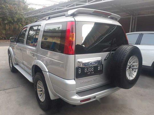 ford everest xlt 2006 dijual